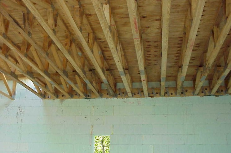 Photo page floor joist for Floor joist insulation